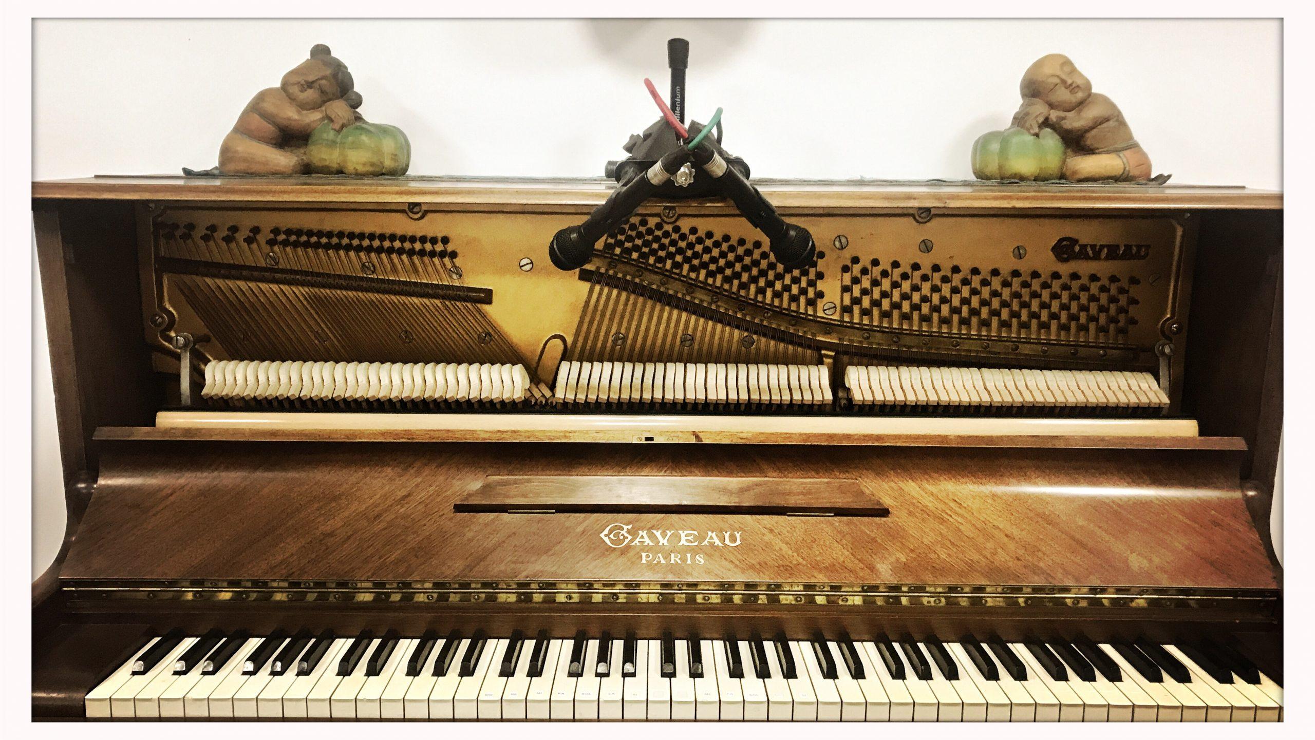 Un piano au studio