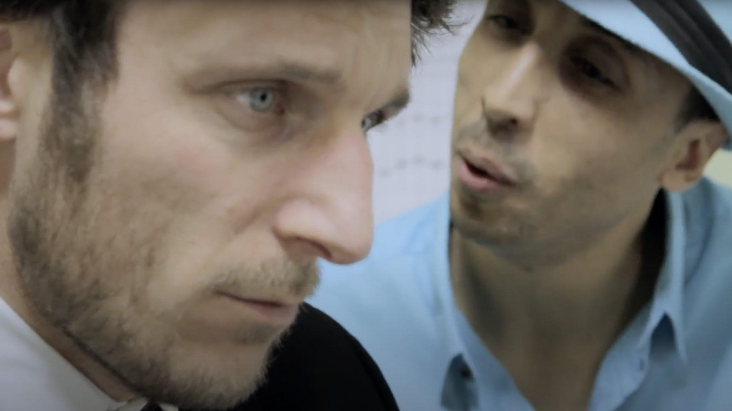 image du clip besoin de vacances du rappeur prof texto de aubagne marseille